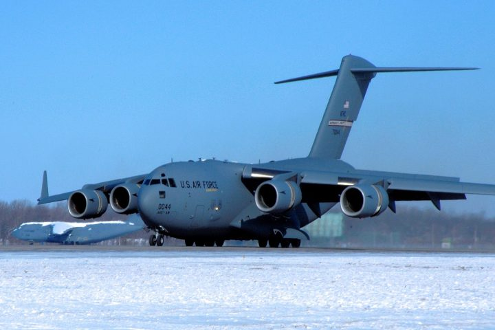 1512px-445th_Airlift_Wing_-_Boeing_C-17A_Lot_IX_Globemaster_III_97-0044